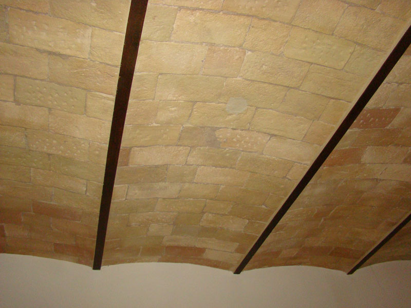 vaulted_ceiling