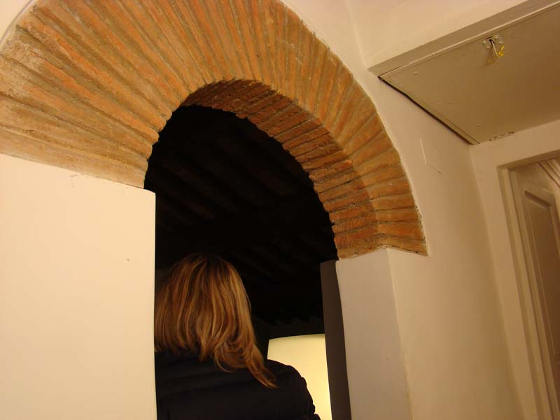 archway_into_living_area