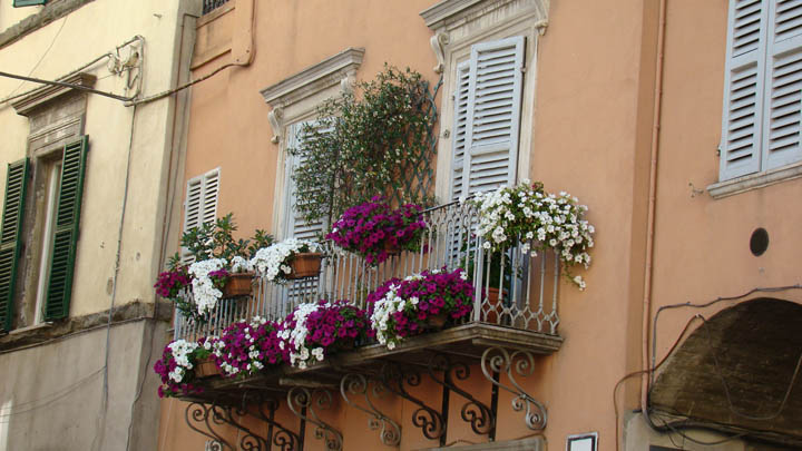 umbertide_balcony