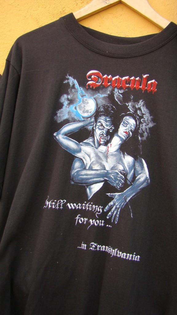 DSC05002dracula_tshirt