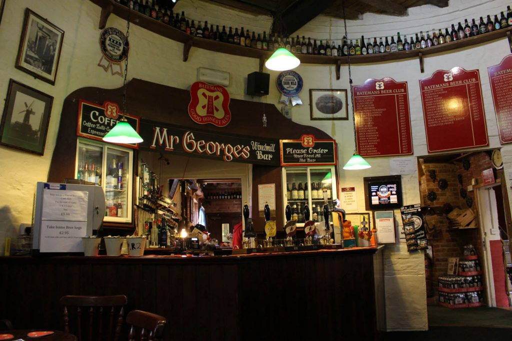 inside_windmill_bar